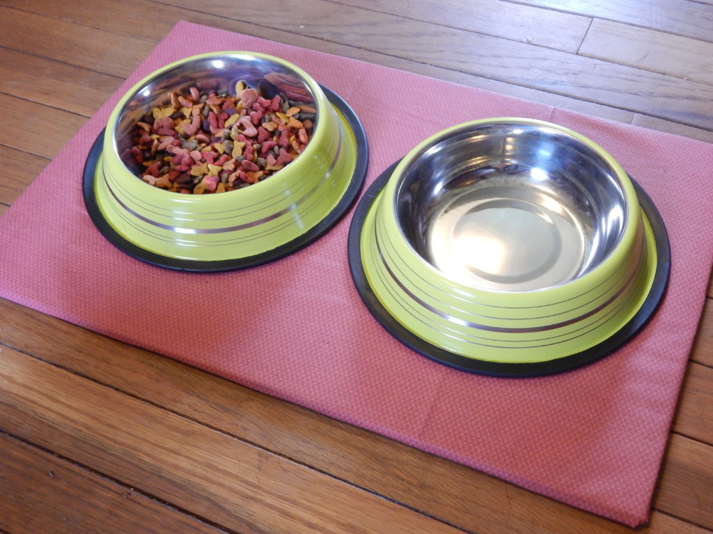 make a diy non-slip pet food mat