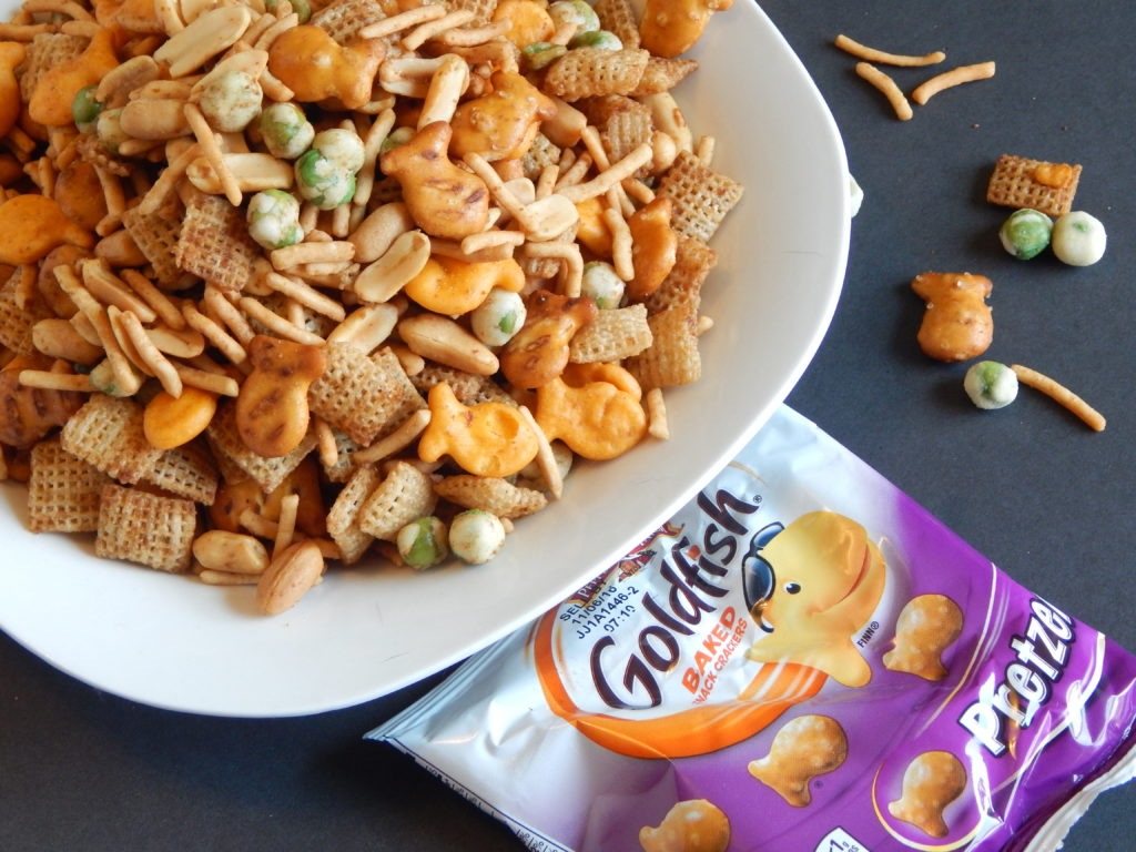 Asian Goldfish snack mix