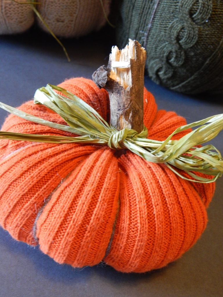 no sew sweater pumpkin