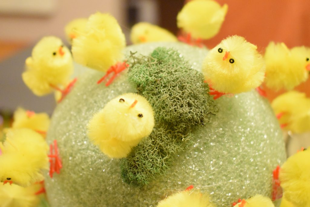 how to make an easter topiary