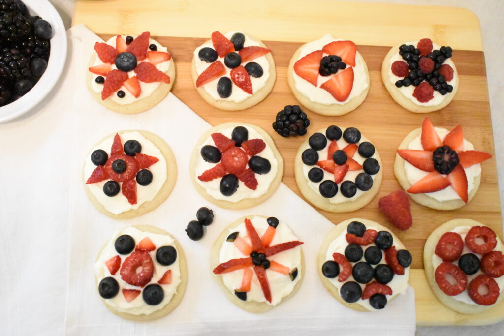 4th of July fruit pizzas