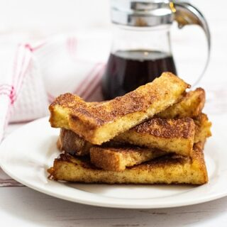 Homemade French Toast Sticks (freezer friendly)