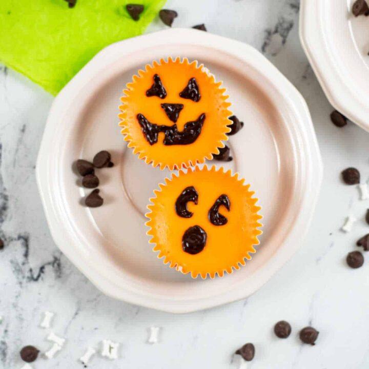 Jack O Lantern Mini Cheesecakes